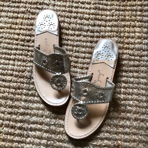 Jack Rogers silvery/gold thing sandal, 6M